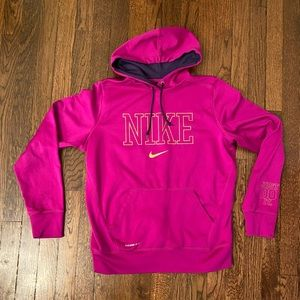 Nike Therma Fit Magenta Hoodie Sz L (Runs Small)